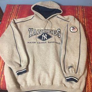 Sweatshirt jacket with hood